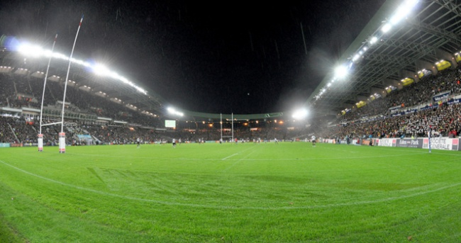 Racing vs Saracens � la Beaujoire.